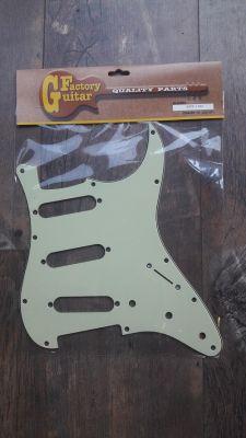 Domo STP-1MG Mint Green SSS Strat Pickguard